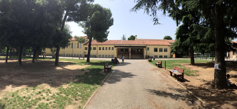 esterno-scuola-panoramica-iphone